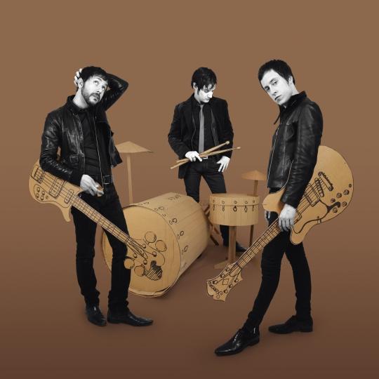 Les découvertes de Nico: «Take Me Back», le nouveau single du groupe STEVANS !