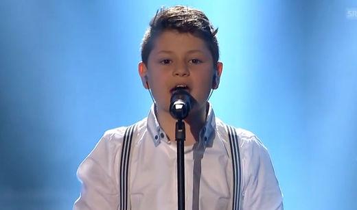 Un petit suisse de 10 ans reprend la chanson de Conchita Wurst et gagne la finale de «la Suisse a du talent » Schweizer Talente 2015