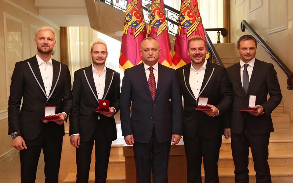 Sunstroke Project décoré par le président moldave