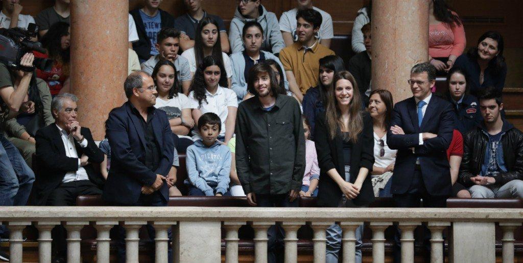Salvador et Luísa Sobral reçus au Parlement portugais