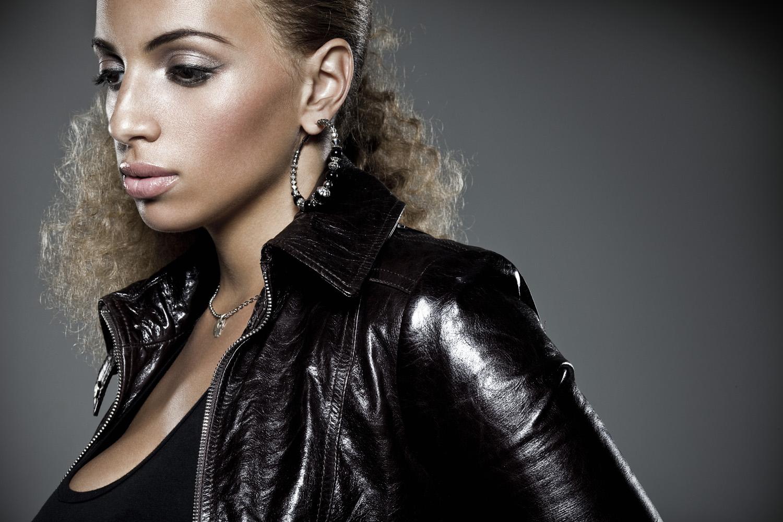 Destination Eurovision 2018 : Kayna Samet ?